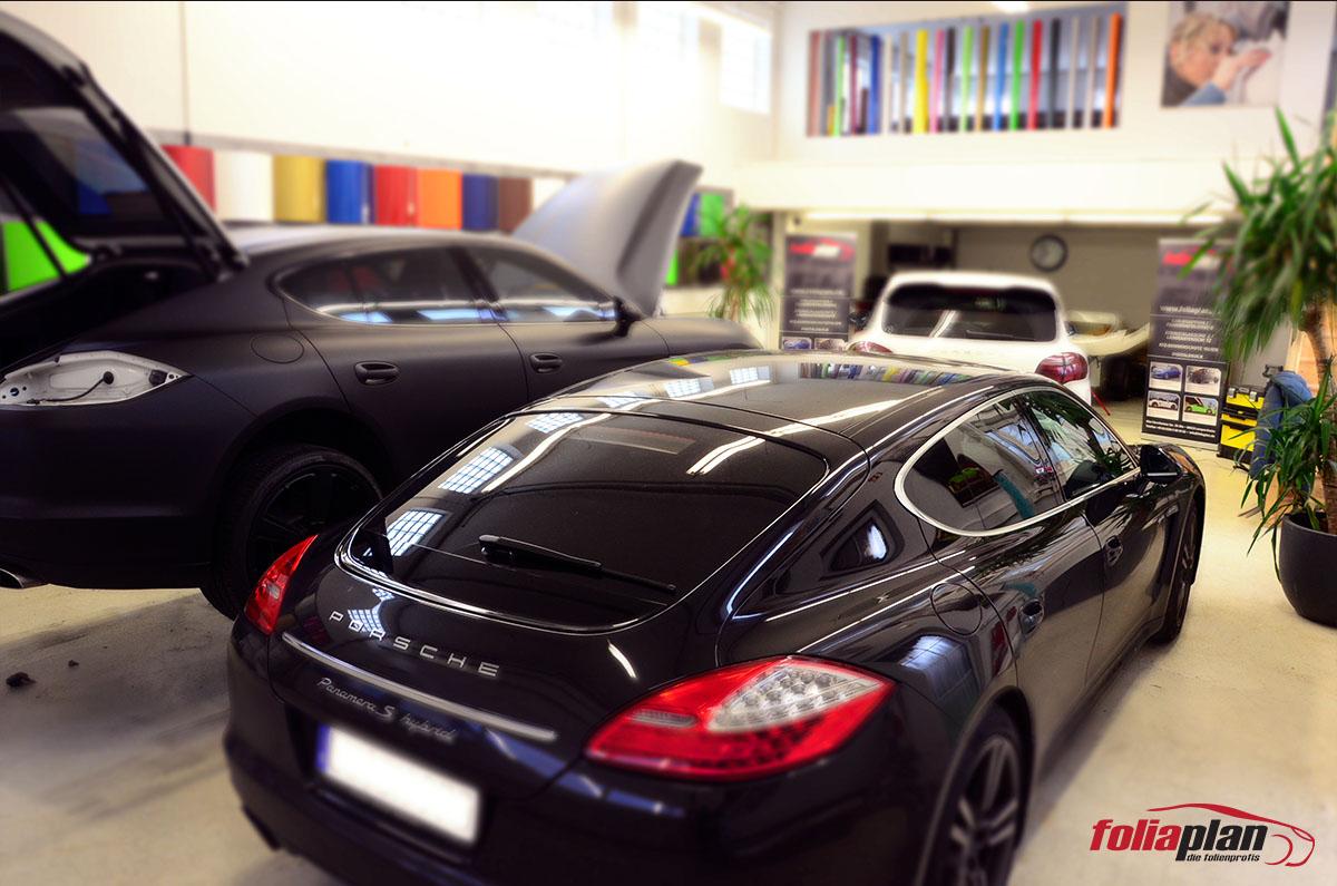 Porsche in der Garage folierung foliaplan
